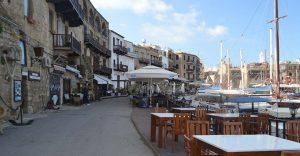 Kıbrıs'ta Hayat Durdu