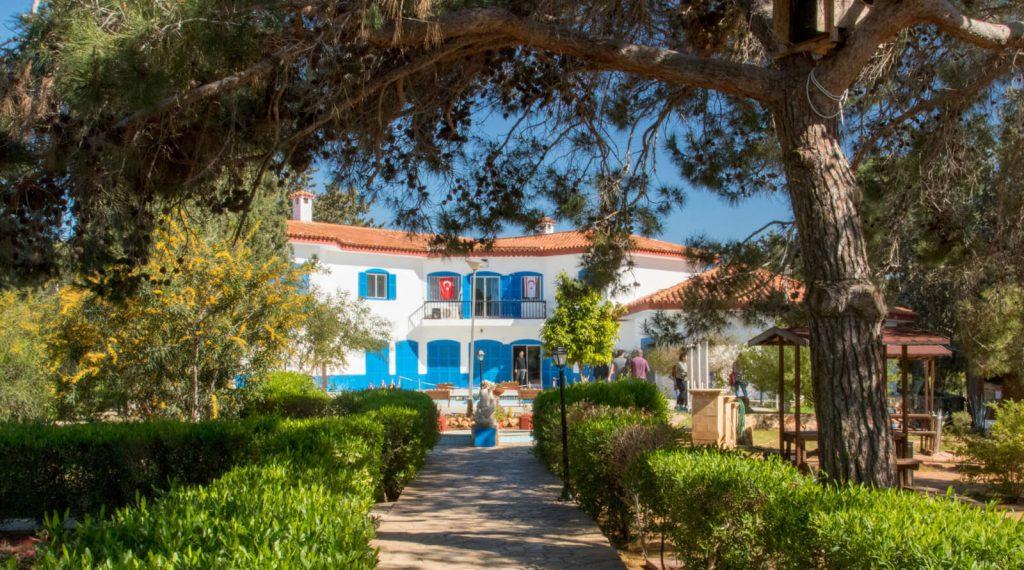 Mavi Köşk - Kıbrısta Ne Yapılır