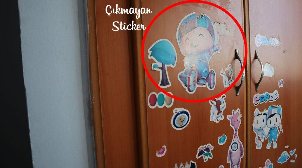 Duvardan sticker nasıl çıkarılır